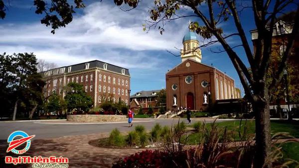 Cảnh sân trườngUniversity of Dayton