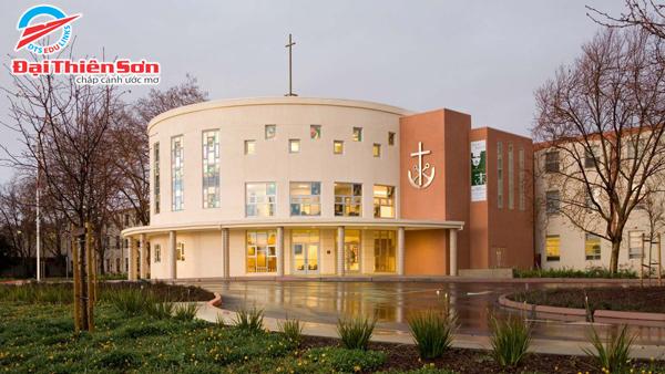 Moreau Catholic High School - Du học Đại Thiên Sơn DTS